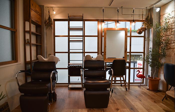 素敵な美容室のアンティーク調家具製作
